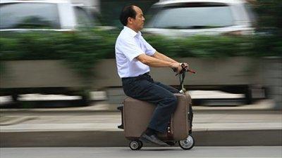 Cliquez sur l'image pour la voir en taille réelle  Nom : valise-scooter-chine_hd.jpg Affichages :1 Taille :52,1 Ko ID : 23493